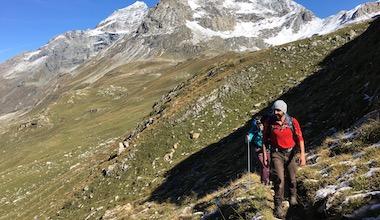 team building activité randonnée trek aventure raid